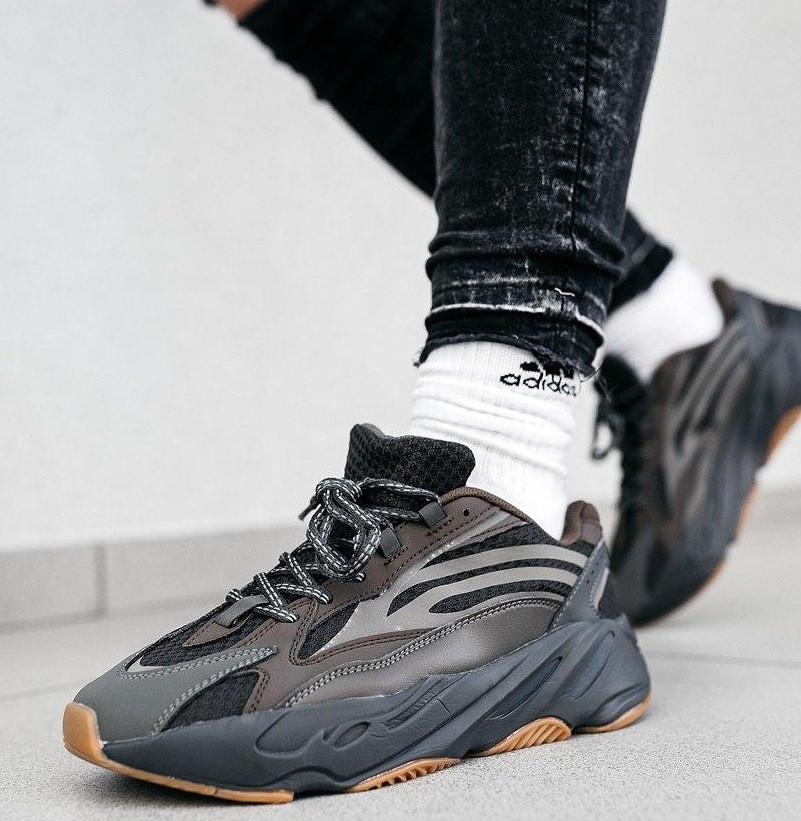 Мужские кроссовки Adidas yeezy 700 v2 Geode рефлективные 41-45р.Фото в живую (Реплика ААА+)