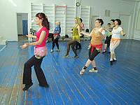 Школа танцев для пожилых и женщин среднего возраста на Оболони