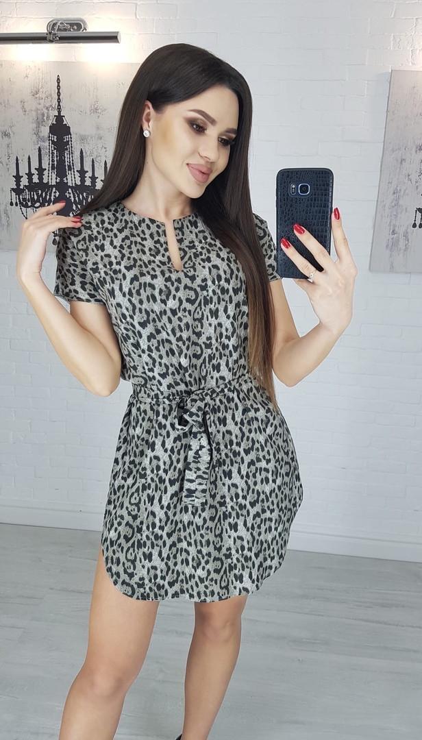 Платье миди с маками вырез капля с короткими рукавами