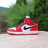 Жіночі кросівки в стилі Nike Air Jordan 1 Retro червоні з білим, фото 2
