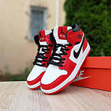 Жіночі кросівки в стилі Nike Air Jordan 1 Retro червоні з білим, фото 5