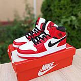 Жіночі кросівки в стилі Nike Air Jordan 1 Retro червоні з білим, фото 6