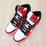 Жіночі кросівки в стилі Nike Air Jordan 1 Retro червоні з білим, фото 9