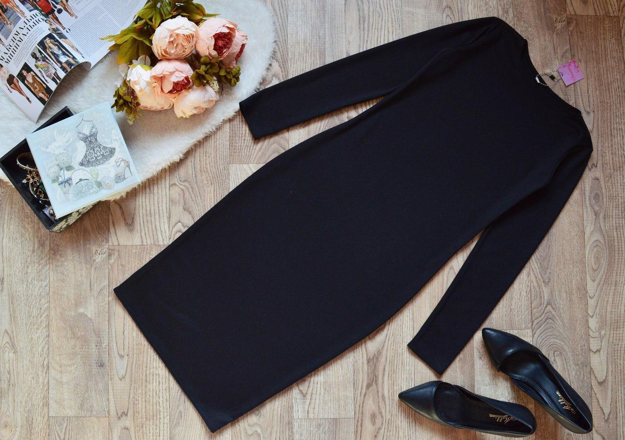 Аккуратное классическое платье прямого силуэта Черное  батал и норма 40