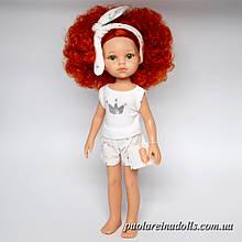 Кукла Паола Рейна Каролина в пижаме.