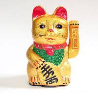 Кошка Манеки-неко