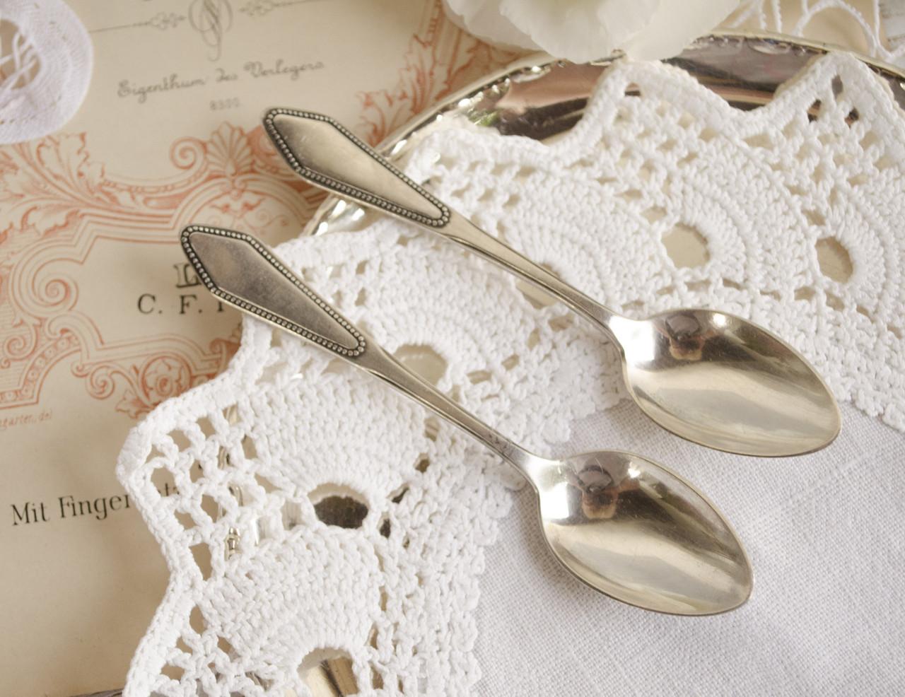 Две посеребренные чайные ложки, серебрение, Германия, August Wellner & Sons