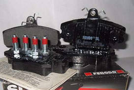 Гальмівні колодки передні (комплект) FERODO, FDB1781