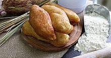 Пирожки с фасолью ( соленые )  по 5кг. в ящике