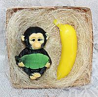 """Новогодний набор мыла ручной работы """"Обезьяна из джунглей и банан"""""""