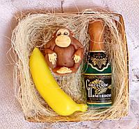 """Набор мыла ручной работы """"Обезьяна в медитации, банан, советское шампанское"""""""