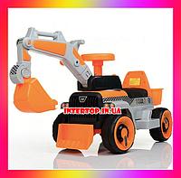 Детский электромобиль Трактор с подвижным ковшом и подсветкой Bambi M М 4144 оранжевый для детей от 2 до 5 лет