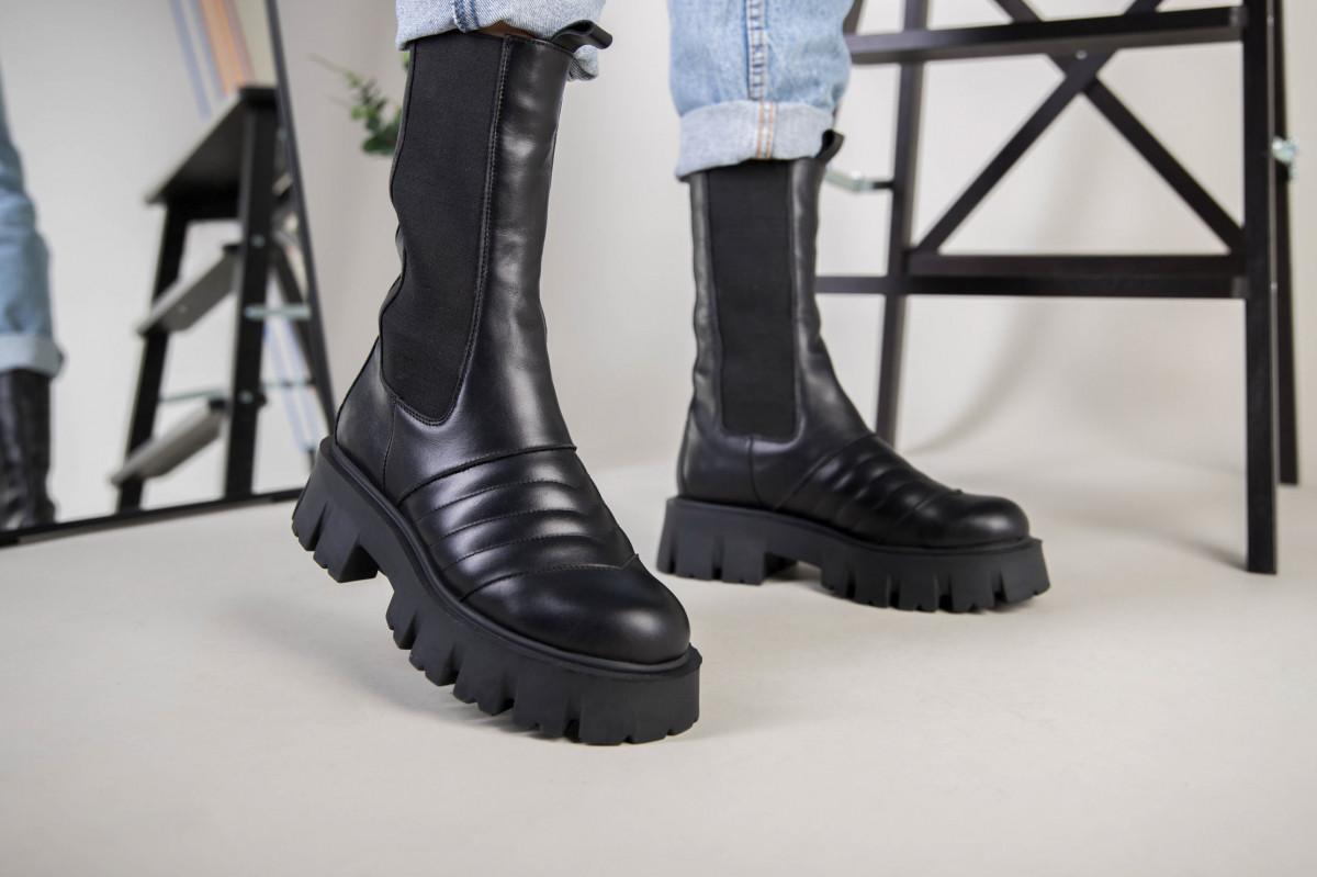 Ботинки женские кожаные черные на резинке демисезонные