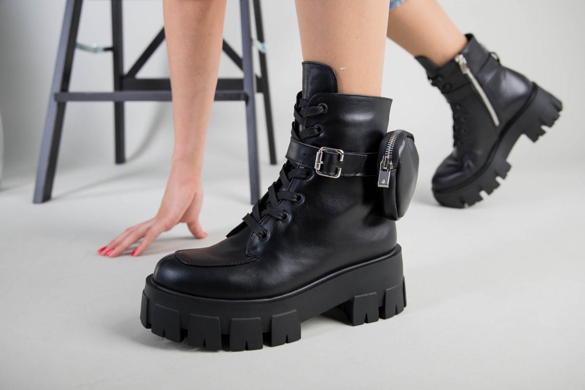 Ботинки женские кожаные черные на шнурках и с замком