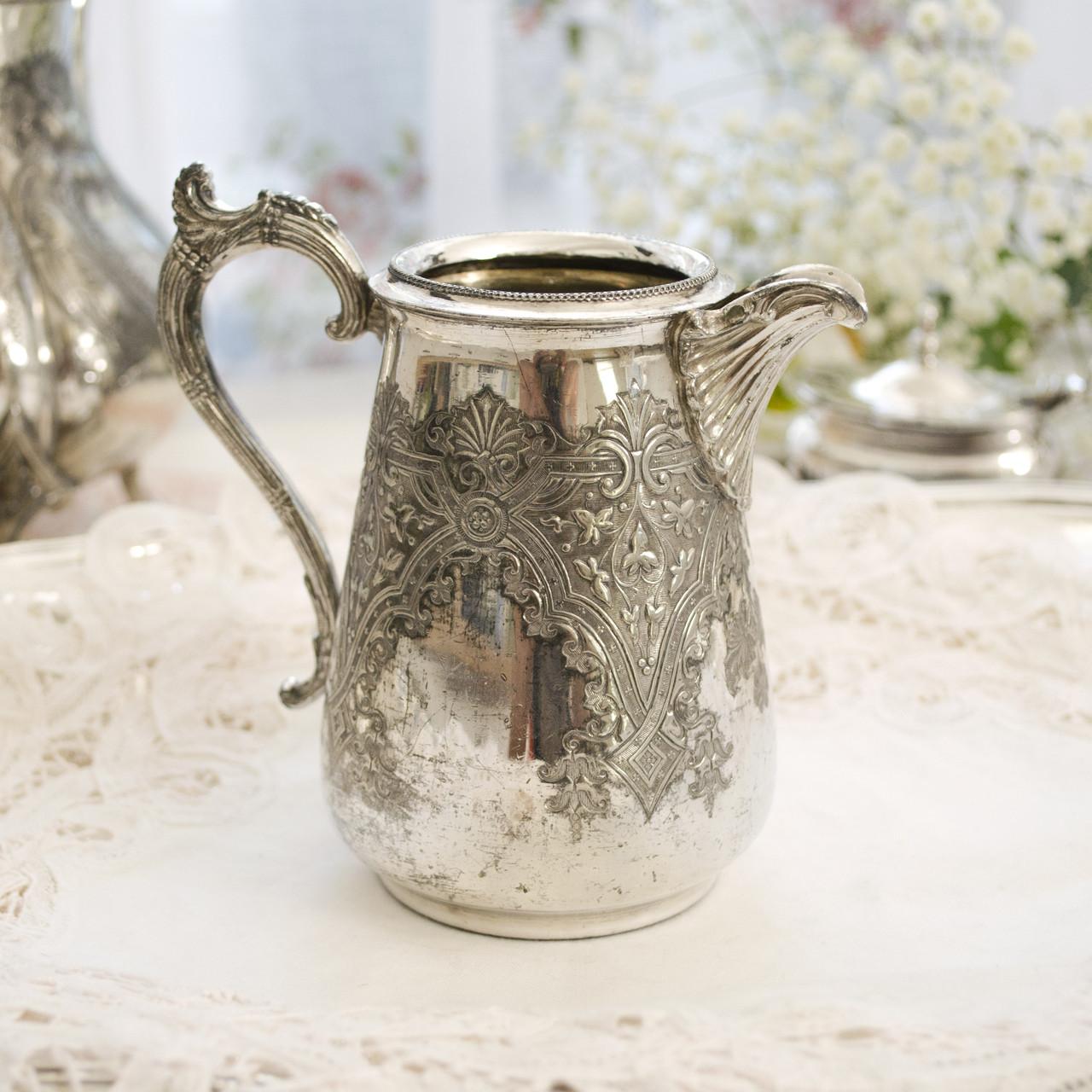 Старый посеребренный молочник, кувшинчик, серебрение, мельхиор, Англия, Walker & Hall  Sheffield