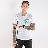 Мужская модная футболка под джинсы с надписью MALIBU светло-серого цвета