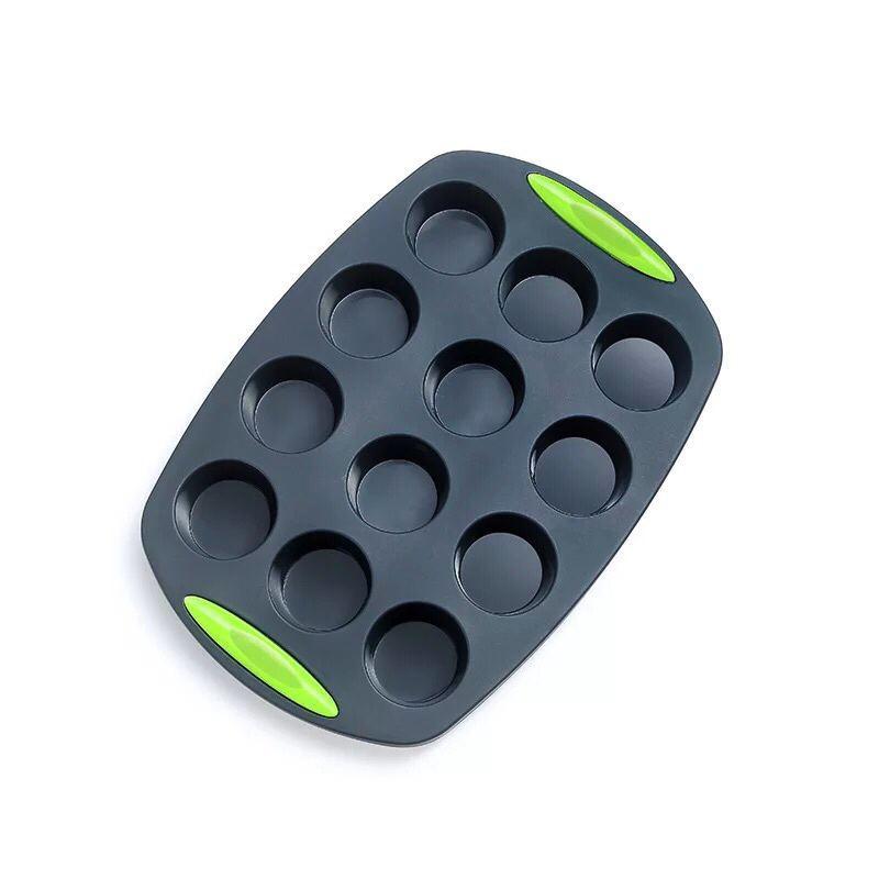 Силиконовая форма для кексов в чёрном цвете