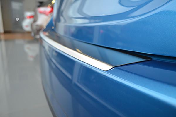 Накладка на Задний Бампер с ЗАГИБОМ — Накладка на Бампер FORD B-MAX 2012-