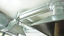 Монтаж і обслуговування систем вентиляції і кондиціонування для кафе і ресторанів