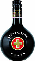 Ликер Unicum – это 40-градусный густой биттер, являющийся одним из национальных символов Венгрии.