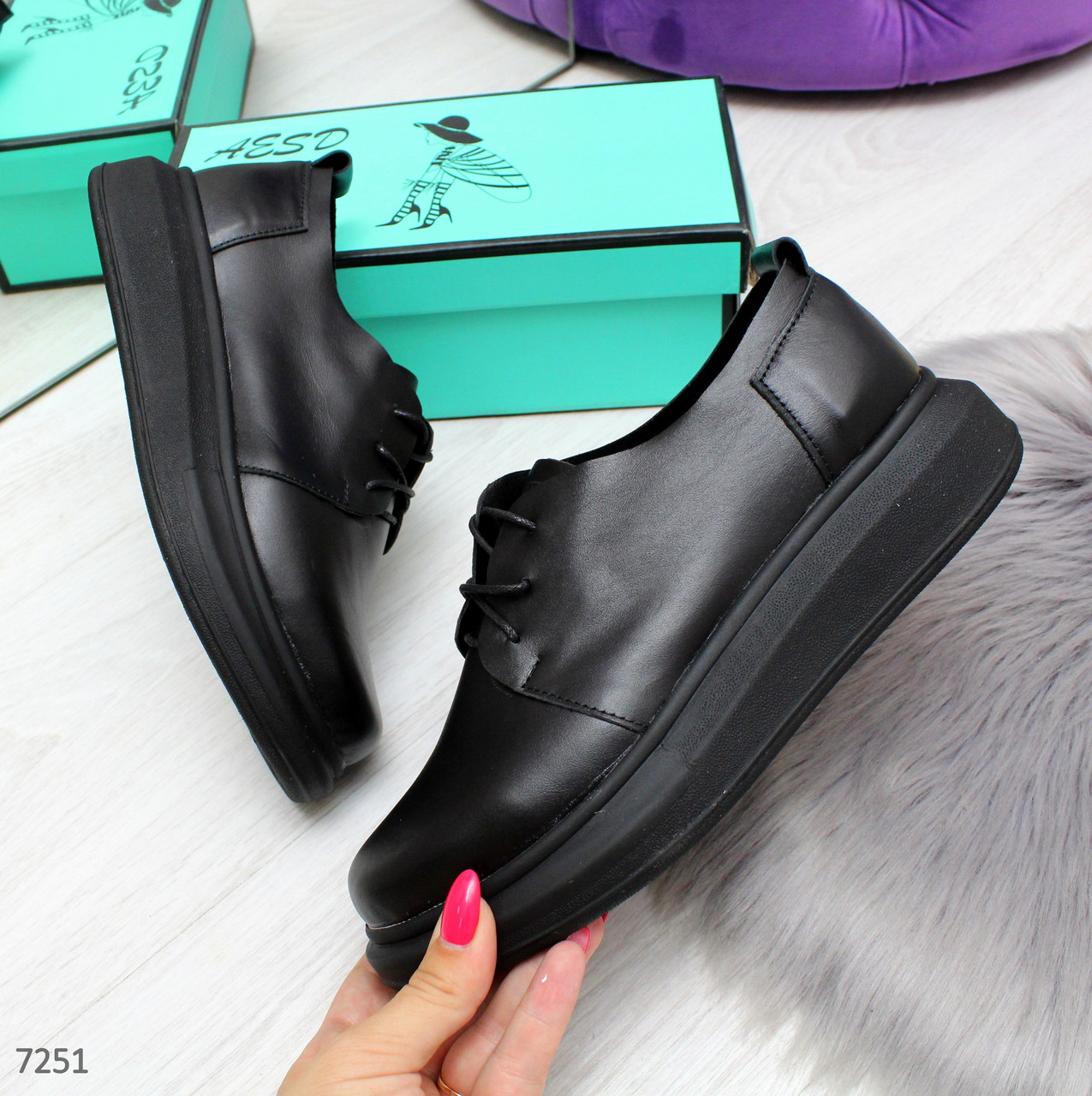 Мега удобные современные черные женские туфли из натуральной кожи