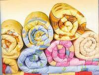 Одеяло полуторное теплое Лери Макс наполнитель синтепон - разные окрасы