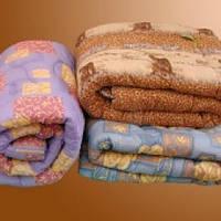 Двуспальное одеяло Лери Макс наполнитель синтепон в разных окрасах