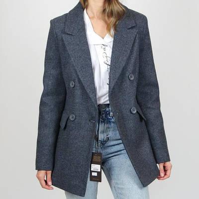Демисезонные пальто и куртки