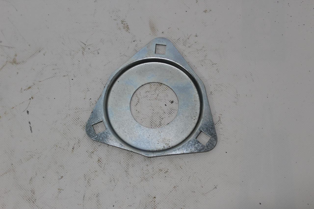 Кришка пильник корпусу підшипника 1680207 НИВА Н.166.205
