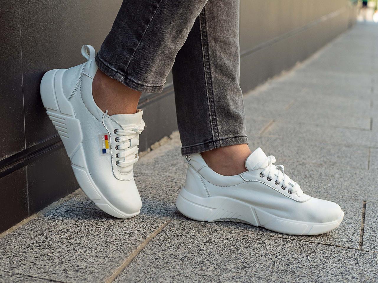 Жіночі кросівки  кожаные высокие   36-40 белый