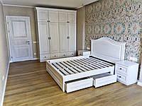 Кровать двухспальная белая из натурального дерева. Изготовлена под заказ.