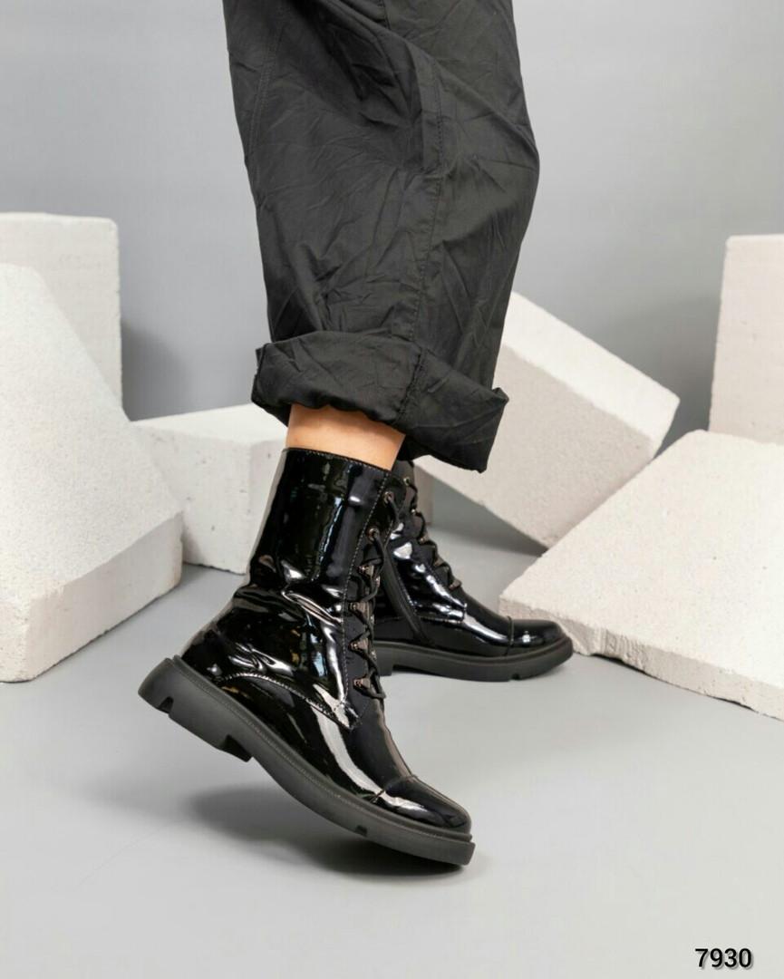 Лаковые ботинки женские черные