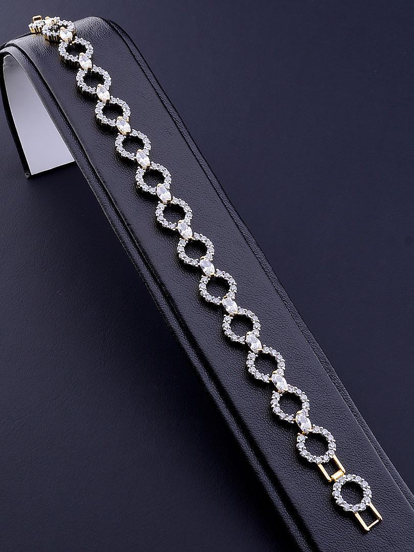 Браслет медицинское золото Xuping Jewelry  украшено изделие фианитами  19 см  покрытие изделия позолота и