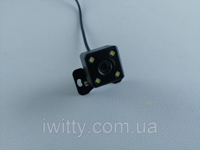 Камера заднего вида  для автомобиля  4LED