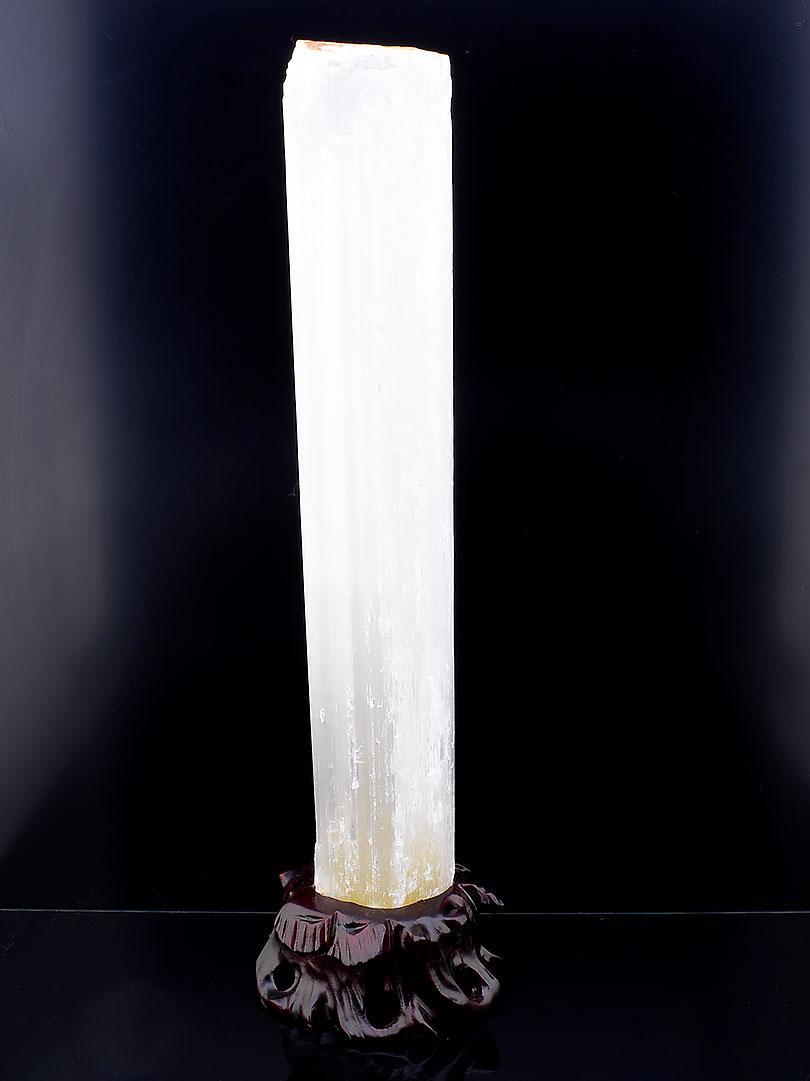 Минерал камень коллекционного образца  Кварц 400x55x50 1975,5 г