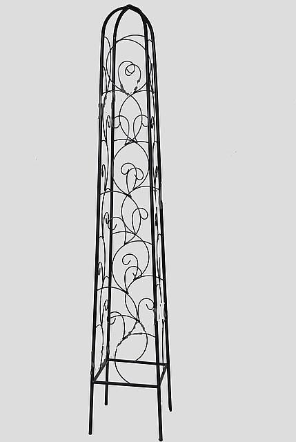 Опоры садовые для цветов кованые.