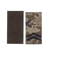 Погон на липучке Младший сержант, шеврон ЗСУ, черный цвет на пикселе.