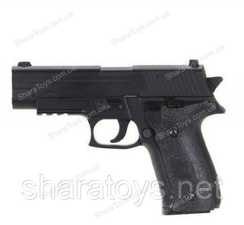 Пневматический пистолет с пульками