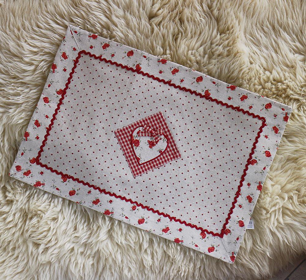 Салфетка красная-Сердечко 204203
