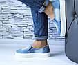 Слипоны джинсовые женские на высокой подошве с прорезями и резинками, фото 5