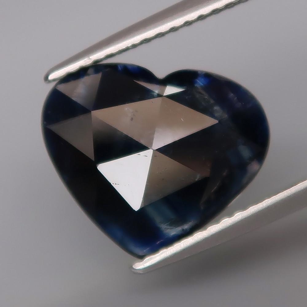 Натуральный синий Сапфир сердце