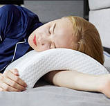 Ортопедическая подушка Туннель Memory Foam Pillow, подушка с памятью туннель, фото 8