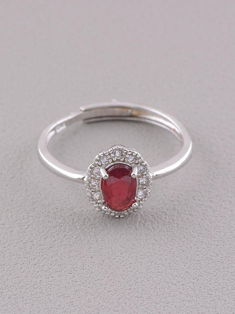 Кольцо на палец  Гранат 1,72 г