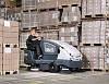 Подметально-уборочная машина Nilfisk CS7000 – новая машина с гибридной технологией.
