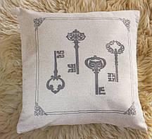 Чарівна декоративна подушка з малюнком старих ключів