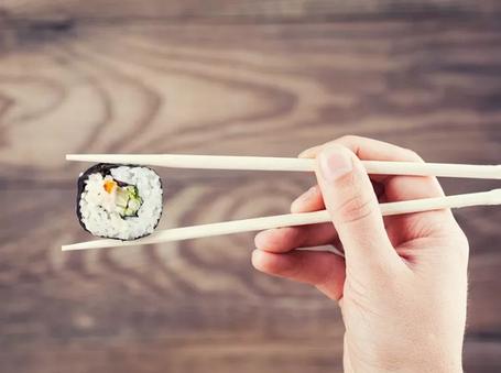 Палочки для суши и держатели для суши палочек
