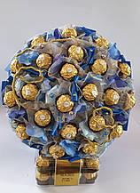 Мужской букет из  конфет Ferrero Rocher