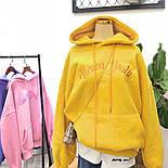 Женское теплое худи из трехнитки на флисе с вышитой надписью и капюшоном 6804881, фото 2