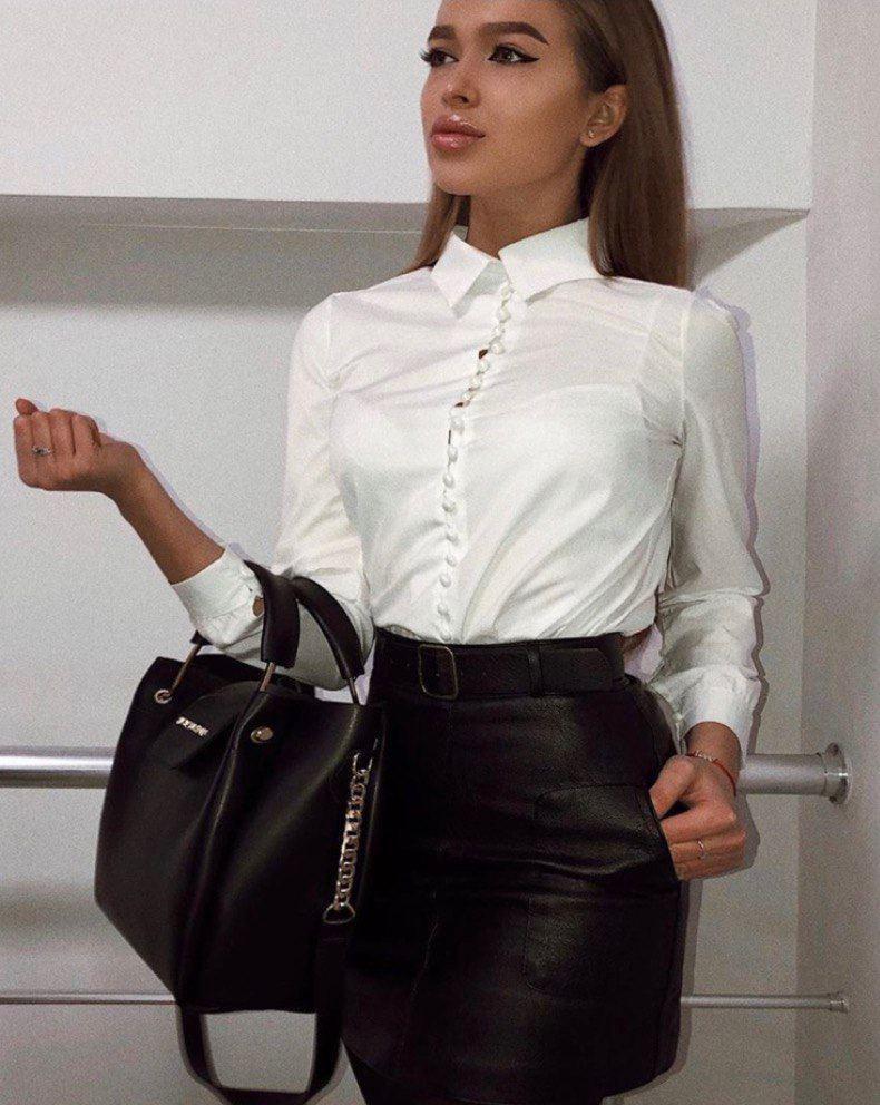 Женская белая рубашка из софта с мелкими пуговицами 6813399