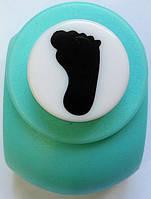 Дырокол фигурный Нога  кнопка 1,8 см